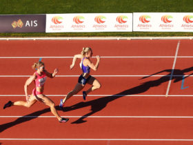 Sally Pearson and Melissa Breen 100m