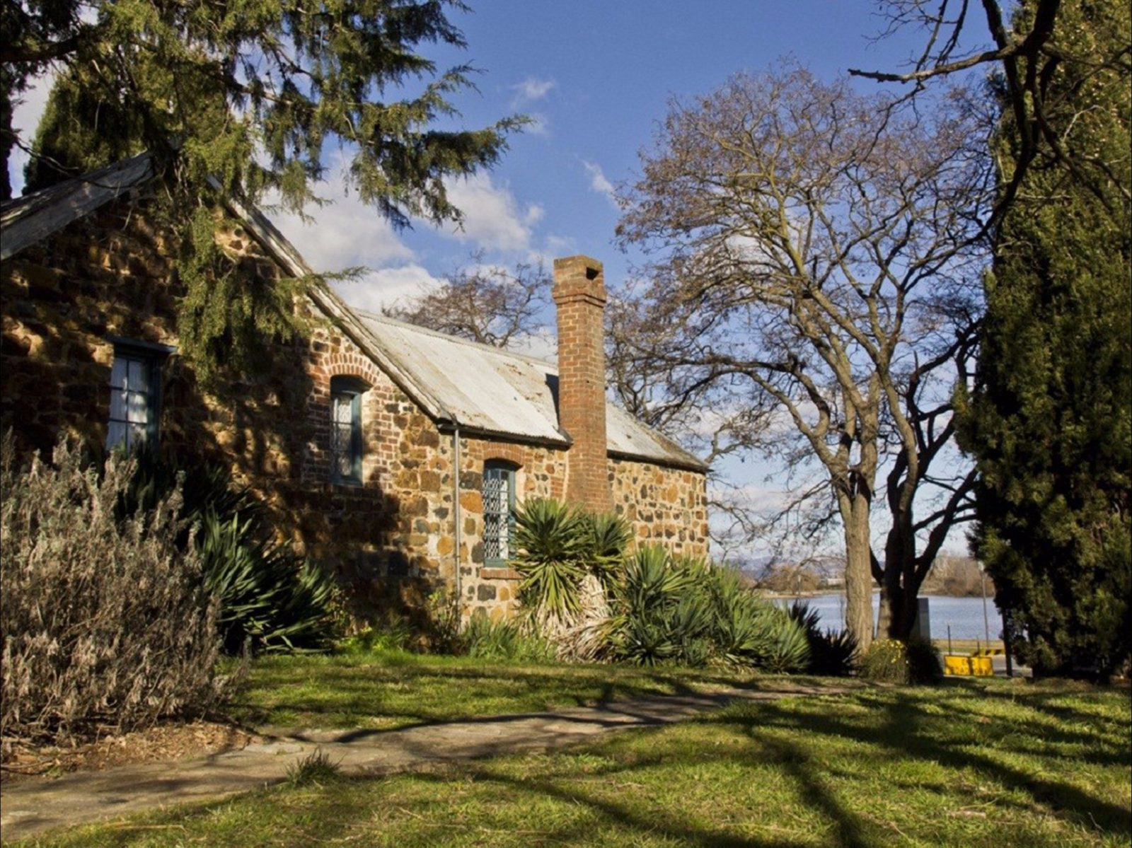 Blundells Cottage exterior