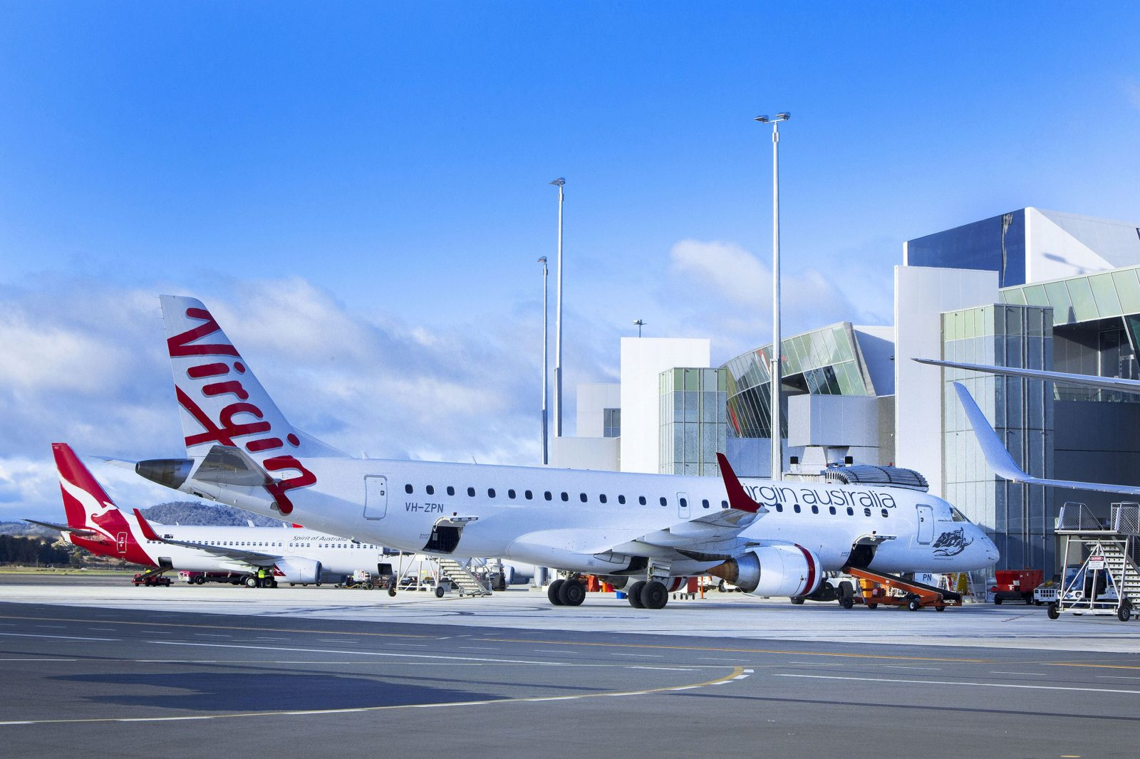 Qantas and Virgin planes on the tarmac