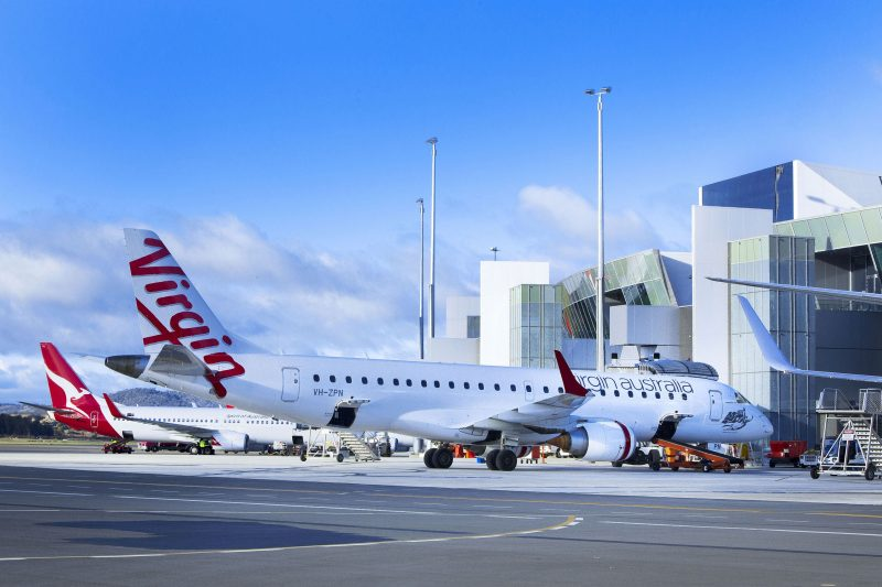 Qantas and Virgin planes on the tarmac