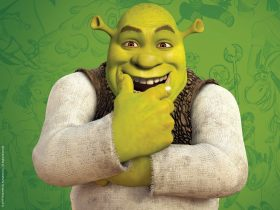 Animated character Shrek with a green background sketch