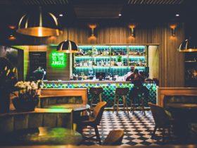 kokomo's bar