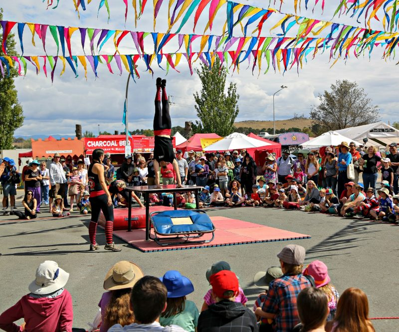 Street Performers performing to a crowd during the Festival.