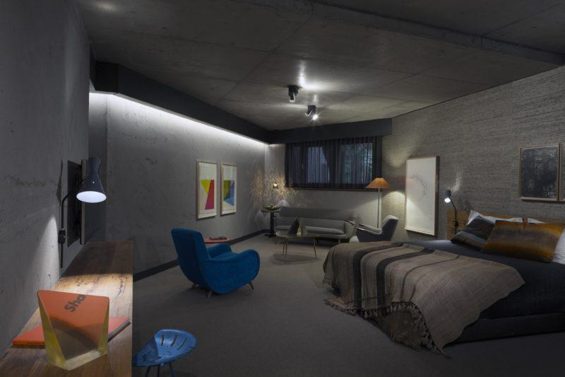 Meandering Room