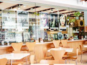 Portrait Cafe