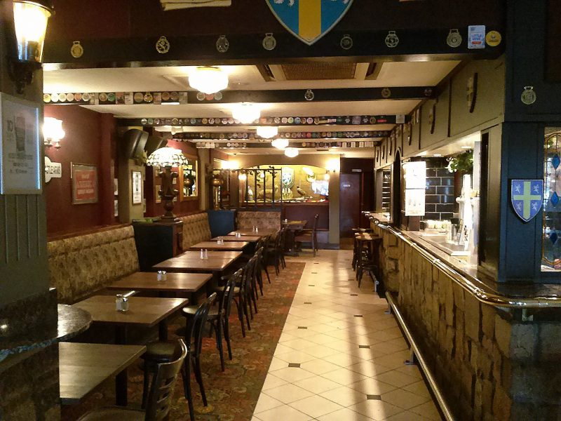 Traditional English style pub in the heart of Canberra