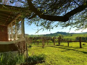 Tracton Homestead - verandah view