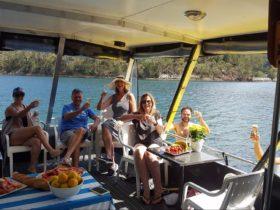 Akuna Bay Boat Hire