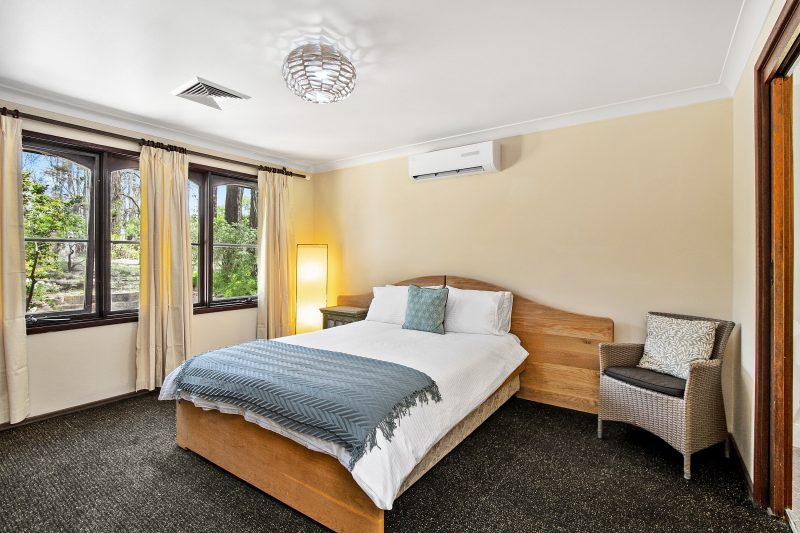 Queen bedroom with Air conditioning and ensuite