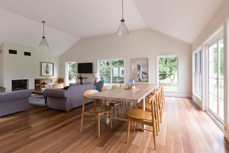 Ashgrove House - spacious Lounge and Dining