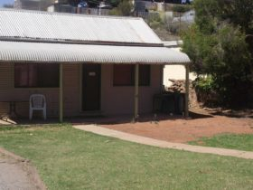 Avoca Cottage