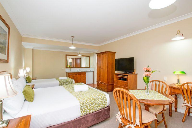 Twin Room - Ballian Heritage Inn