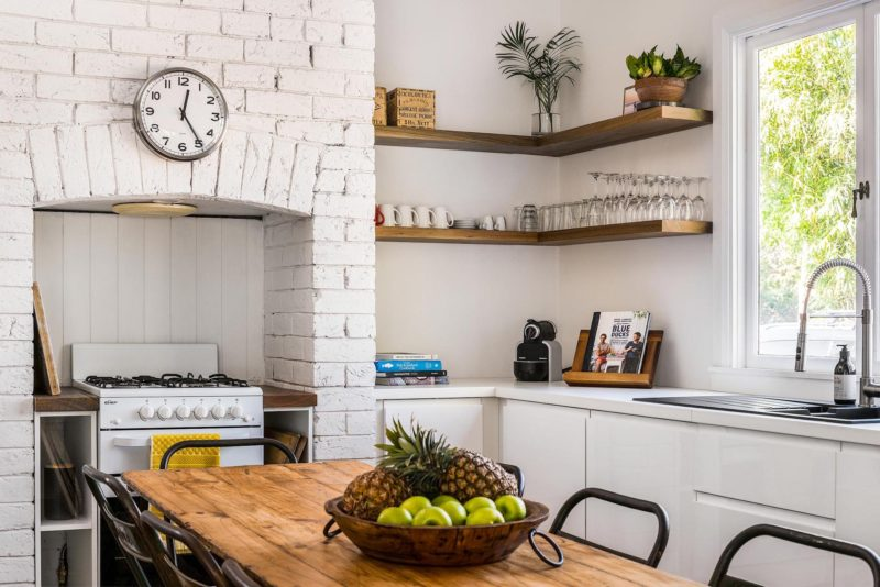 Bamboo Beach House kitchen