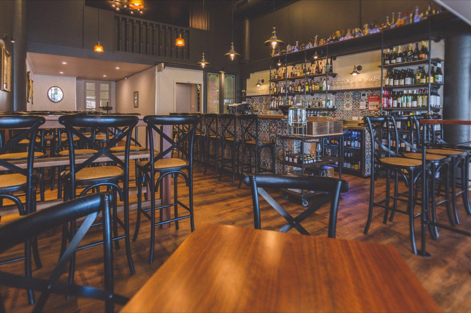 Italian Retro Bar