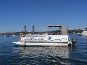 Bay River Houseboats, Barbecue and Fishing Boat Hire
