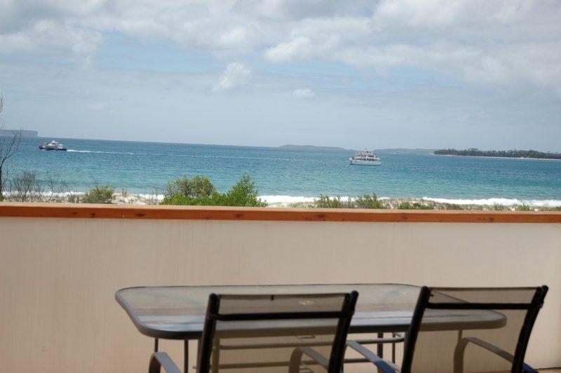 Beachfront House - Jervis Bay