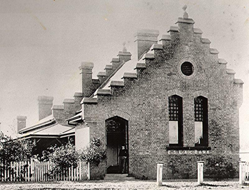 Historic ES&A Bank