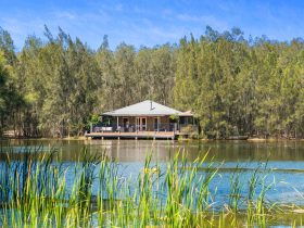 Billabong Moon - Billabong Cottage