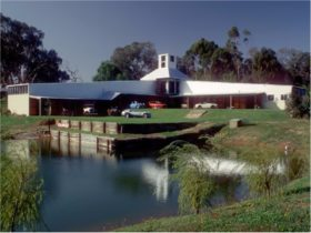 Binalong Motor Museum