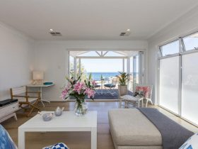 Blissful Bondi Pad