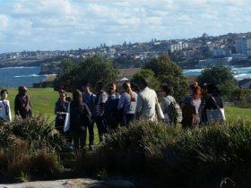Walangari-explains-Bondi's-Aboriginal-history-during-his-unique-Bondi-Aboriginal-Walking-Tours
