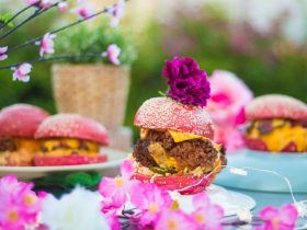 Boss Burgers - The Twin Willows Hotel