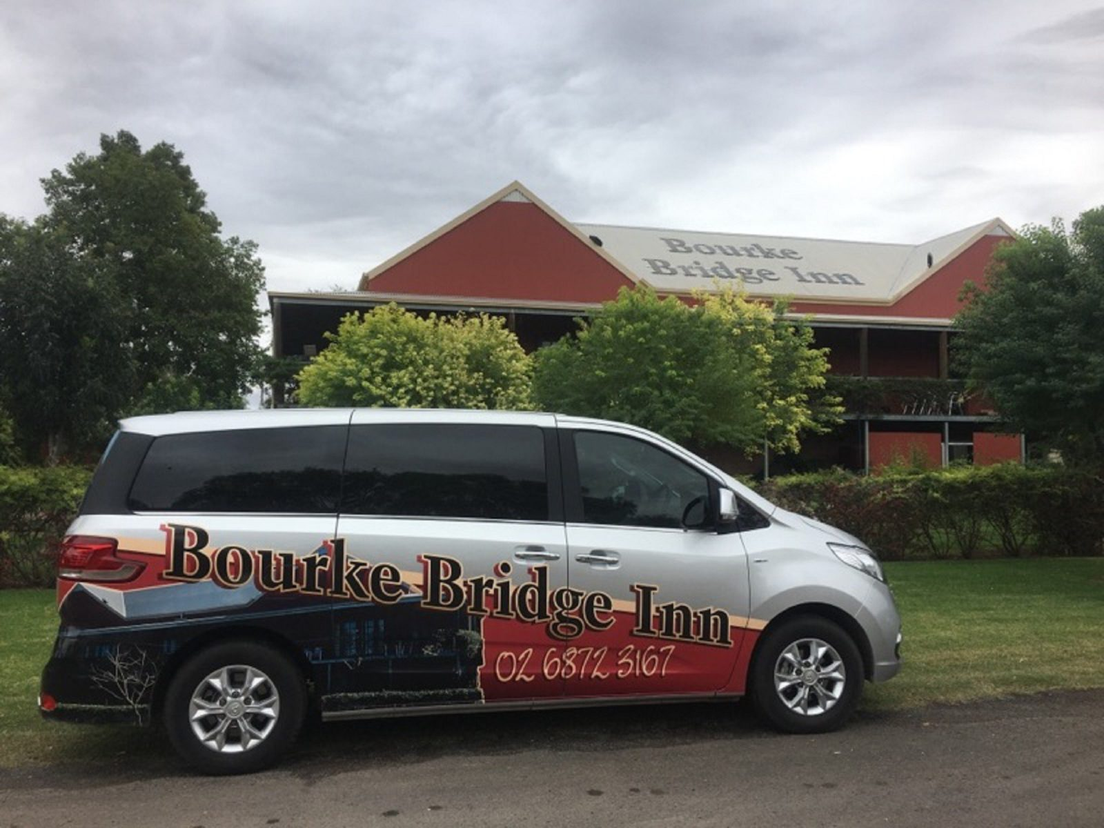 Bourke Bridge Inn