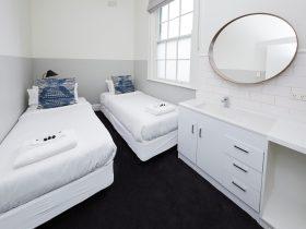 3 Bedroom Family Room
