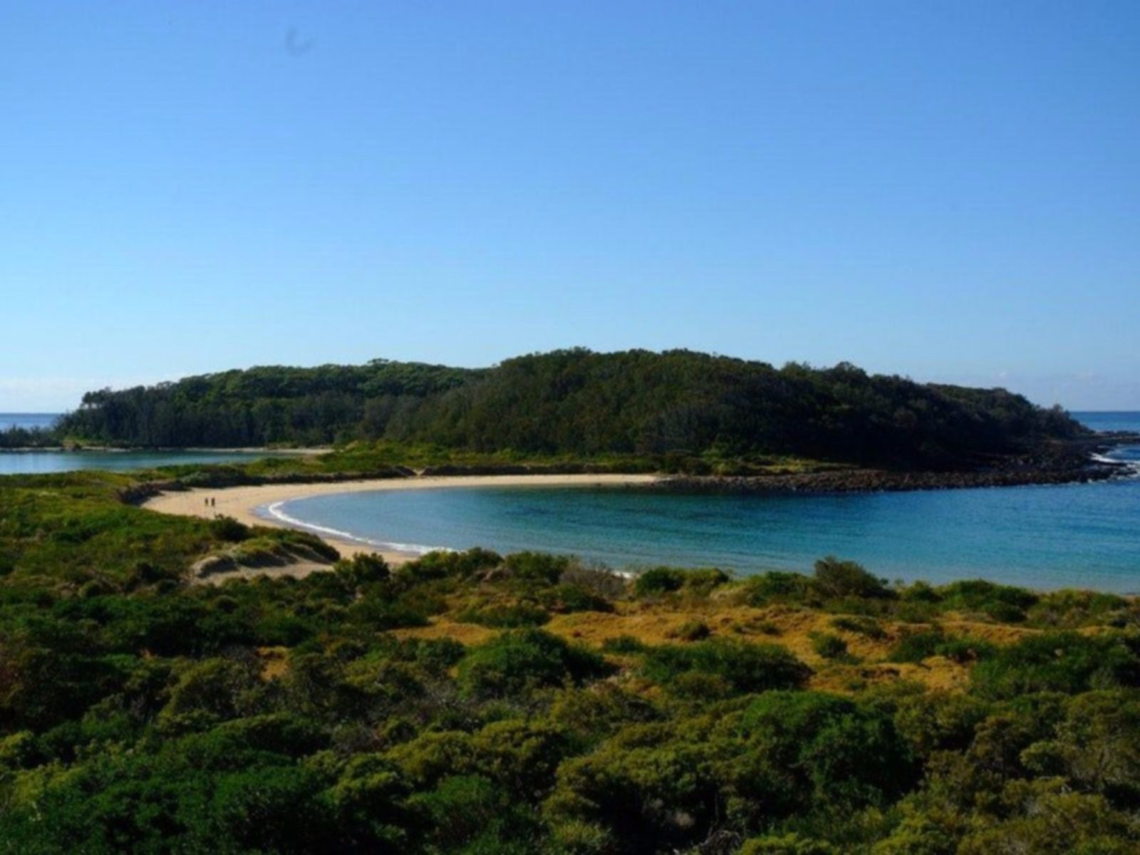 Broulee Island