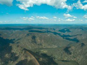 Bungonia Gorge, Bungonia National Park. Photo: Sara Fife/Capital Country Tourism