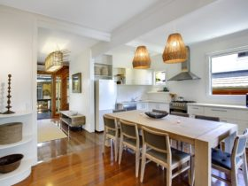 Sandpiper Holiday House - Beach House Accommodation in Byron Bay