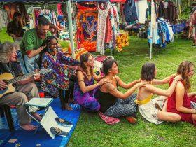 Capturing local Byron Bay market vibes
