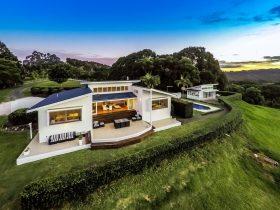 Stunning luxury home in Byron bay
