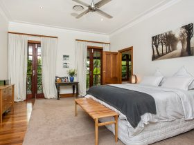 Callistemon View - bedroom