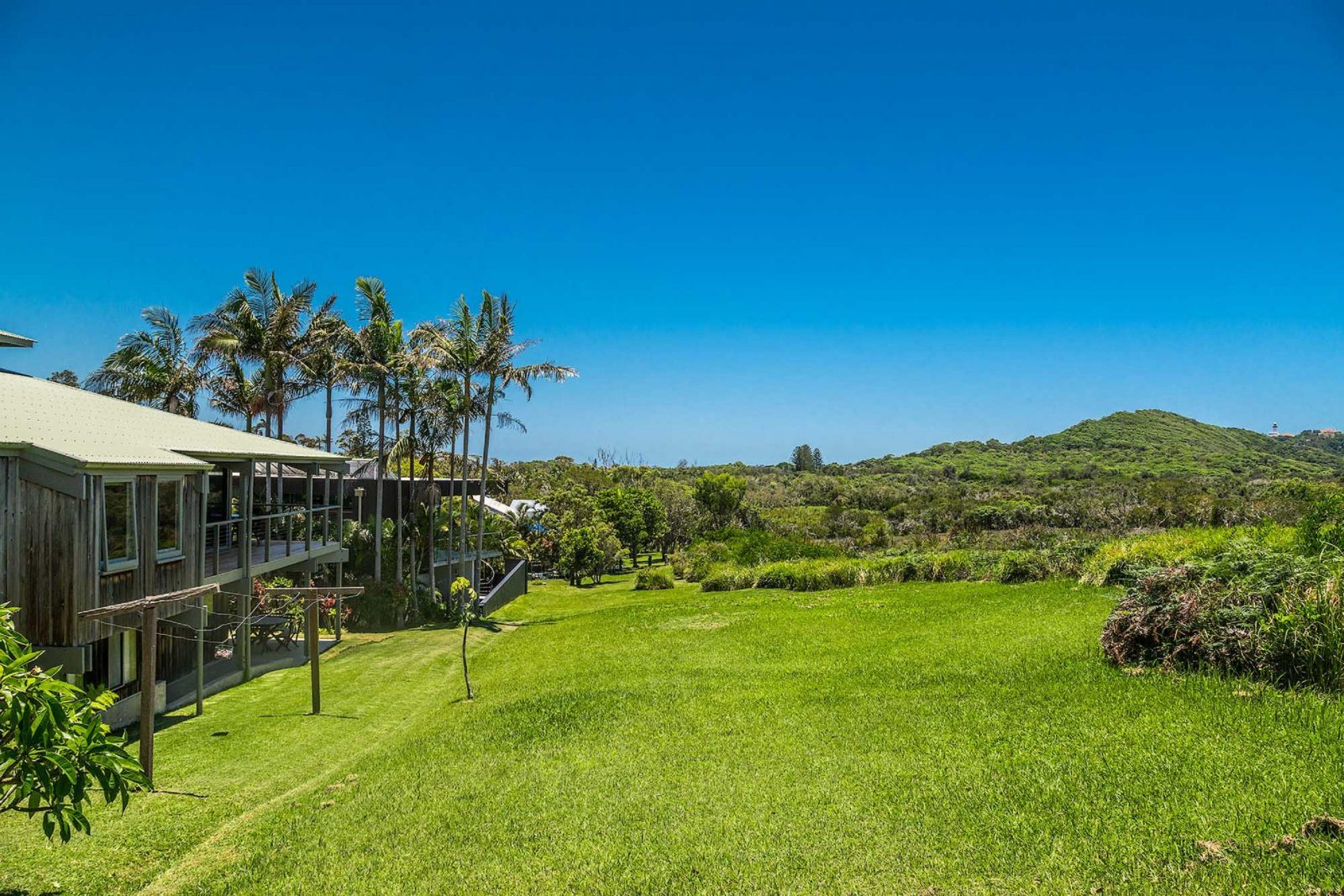 Cape Breeze - Byron Bay - House and Reserve