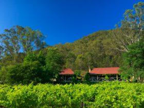 Cedar Creek Cottages on private, vineyard estate