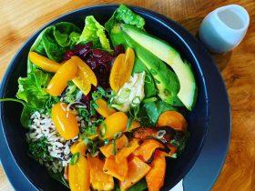 Fresh made to order salad bowls