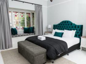Kirsten Serviced Accommodation Clarinda House
