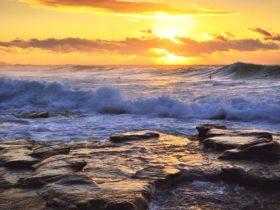 Coalcliff Beach