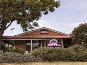 Colonial Motel, Braidwood