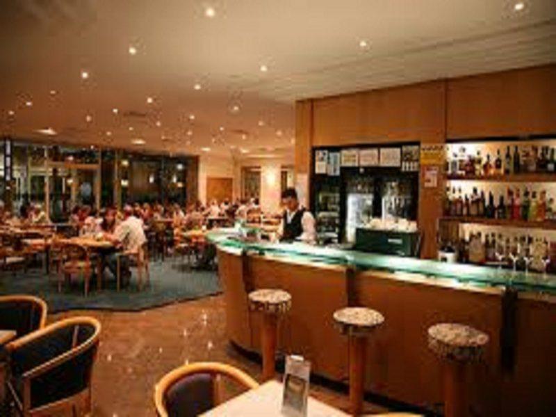 Comfort Inn Blue Lagoon Sails Restaurant and Bar