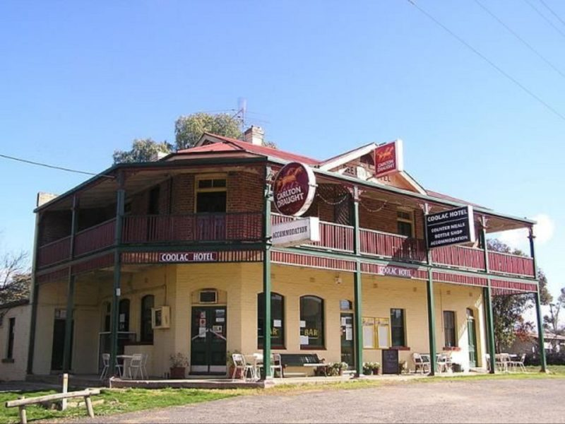 Coolac Hotel
