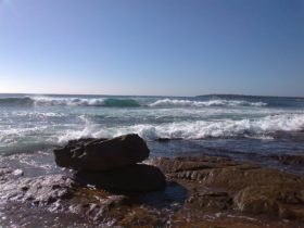 Ocean and rock along the Promenade, Cronulla