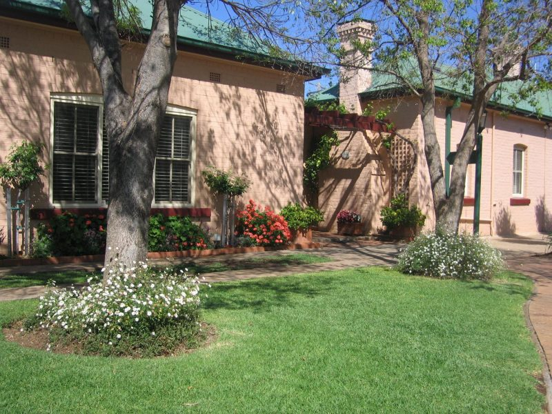 Country Apartments Dubbo