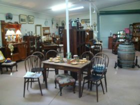 Dungog Country Antiques