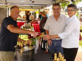 Faulls Ridge wine tasting at Gloucester Farmers Market