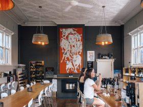 Ferment orange wine centre