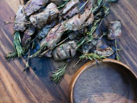 Rosemary and beef skewers