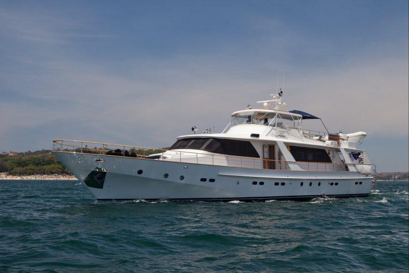 Hiilani Motor Yacht Sydney Harbour