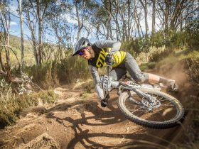 Fox Superflow racing action with Rocky Trail in Thredbo.